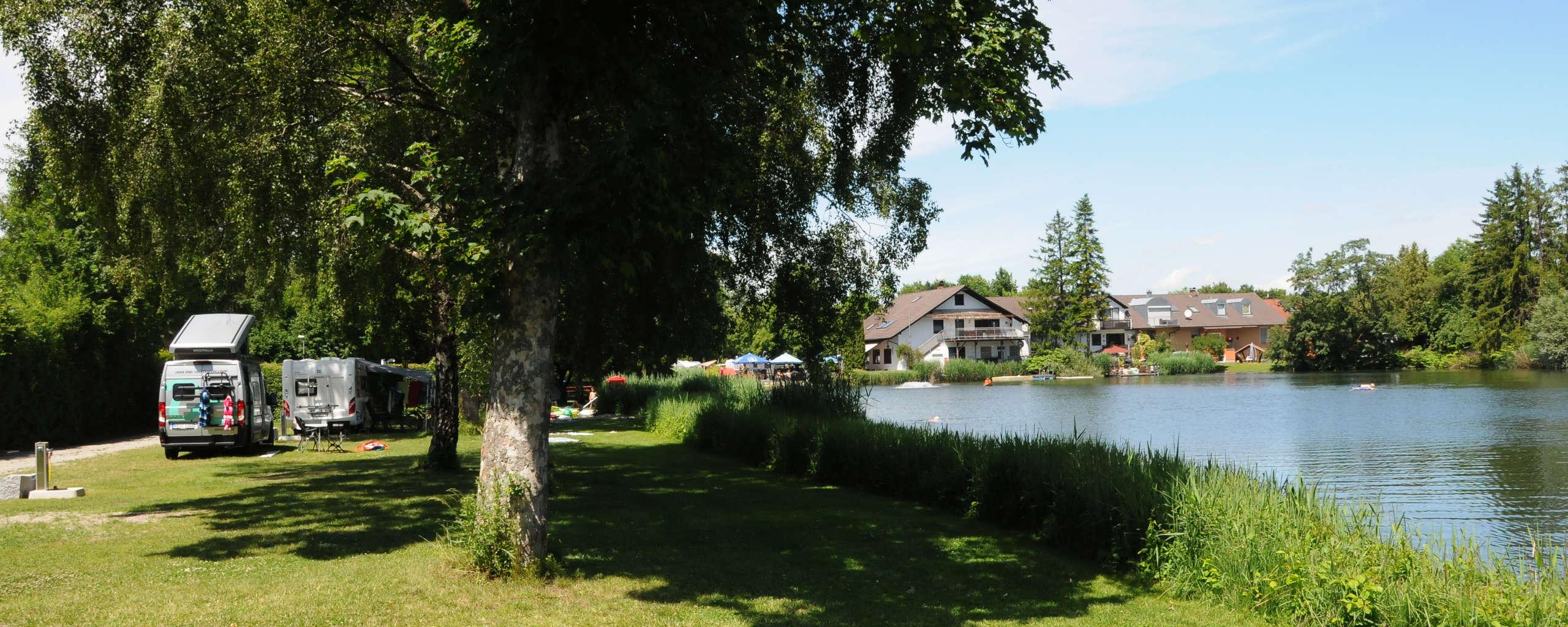 Lech-Camping-Augsburg-Campingplatz-Header-See-1