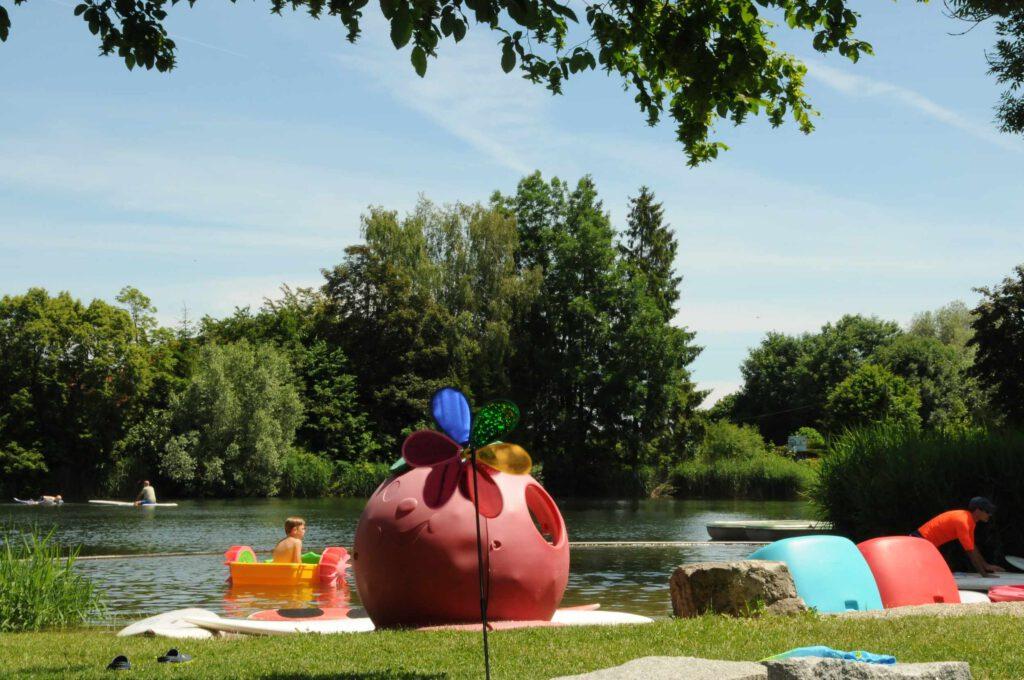 Lech-Camping-Augsburg-Campingplatz-See-Spielgeraete